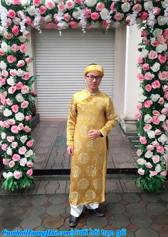 áo the khăn xếp màu vàng đồng